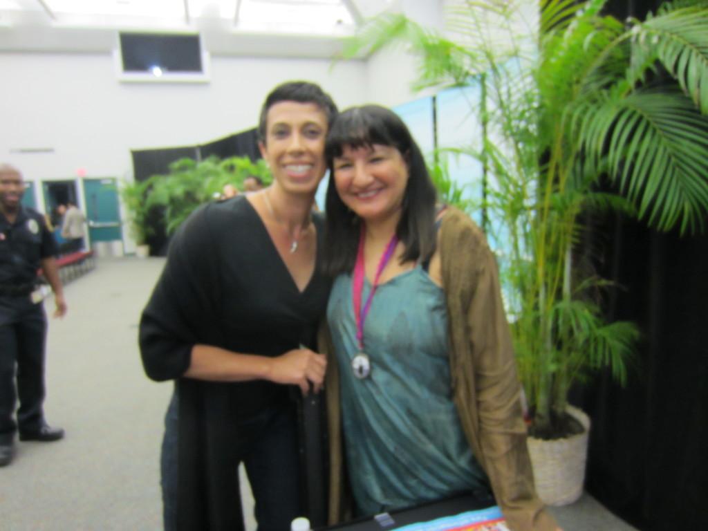 RV Reyes Sandra Cisneros 2012